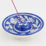IHR001DB Floral Blue Incense Holder 01